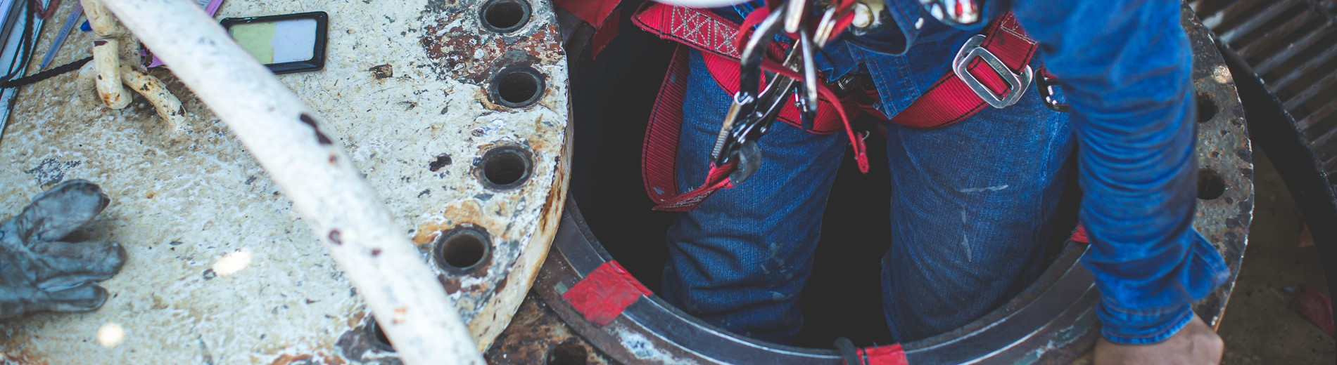 Online Working in Confined Spaces